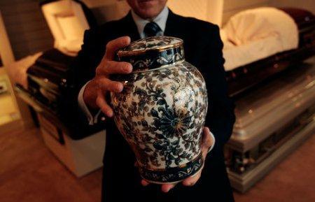 Казахстанцы всё чаще обращаются в бюро ритуальных услуг с просьбой о кремации покойных