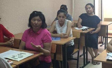 В Мангистауской области безработных женщин начали обучать поварскому делу