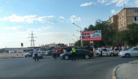 В Актау столкнулись карета «Скорой помощи» и автомобиль Hyundai Accent