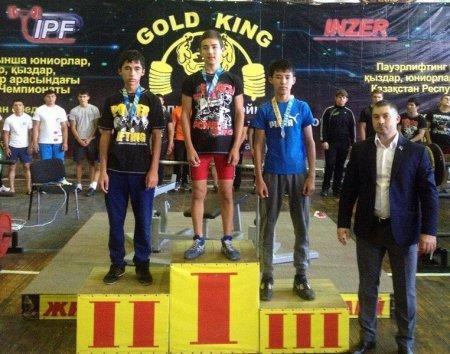 Спортсмены из Мангистау привезли шесть золотых медалей с чемпионата Казахстана по пауэрлифтингу