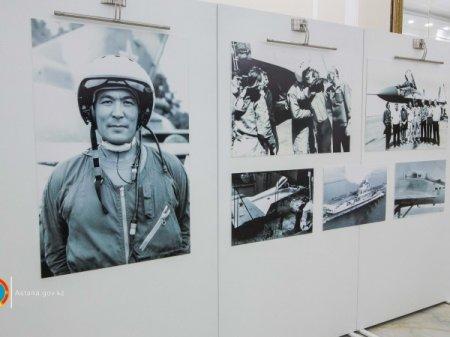 70-летие сегодня отмечает первый казахстанский космонавт Тохтар Аубакиров