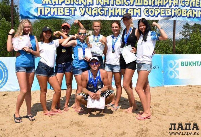 Актауские пляжные волейболисты завоевали весь набор медалей на третьем туре чемпионата Казахстана