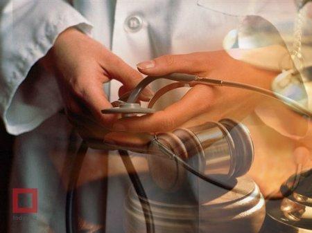 В Костанае мать отсудила у врачей пять миллионов тенге за смерть сына