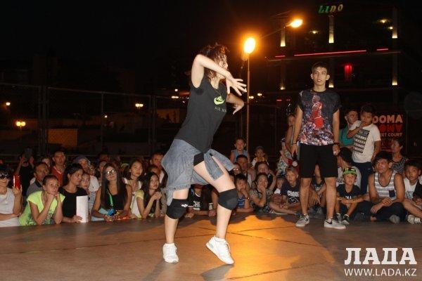 Айгерим Махуова стала абсолютным чемпионом «Dance battle» в Актау