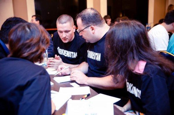 Фарит Алиби и Руслан Шуканов завоевали медали на турнире «Что? Где? Когда?» в Астане