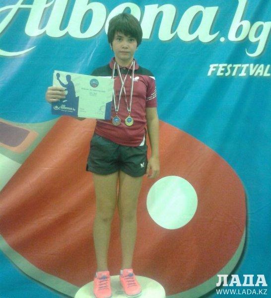 Юные теннисисты из Актау завоевали три медали на международном турнире в Болгарии