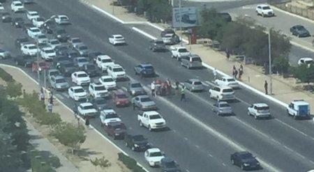 На пешеходном переходе между 13 и 14 микрорайонами Актау сбили двоих парней
