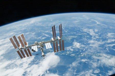 """""""На диван лег, и кирдык"""": запись видео с разговорами космонавтов, летящих на МКС"""