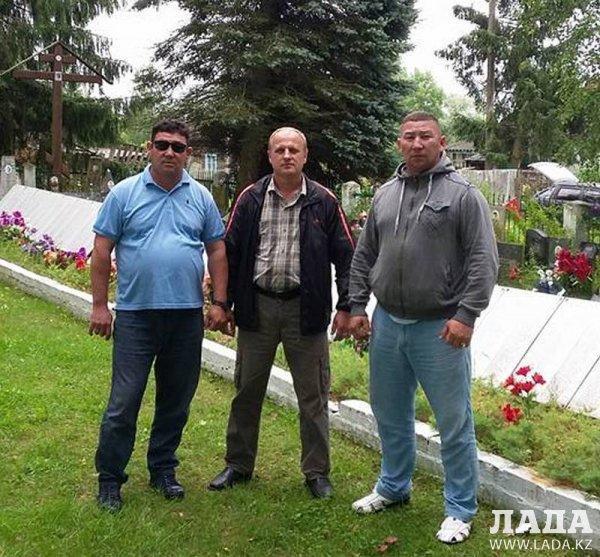 Житель Мангистау разыскал могилу погибшего во время Великой Отечественной войны родственника
