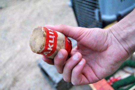 Актюбинец расплатился по долгам взрывчаткой с детонаторами