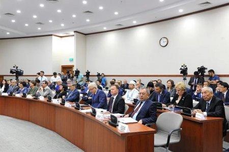 Казахстанцев хотят обязать регистрироваться в съемных квартирах