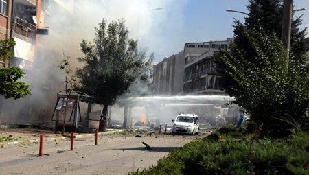В городе Ван на востоке Турции прогремел сильный взрыв
