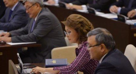 Назарбаева хочет предложить увеличить количество солдат срочной службы в Казахстане