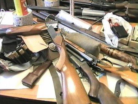 Ограничить количество гражданского оружия у населения предложили в Казахстане