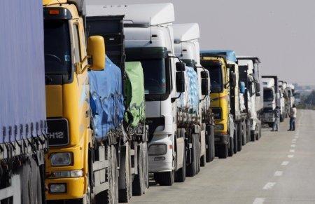 Точную сумму взятки за транзит по России озвучили казахстанские перевозчики