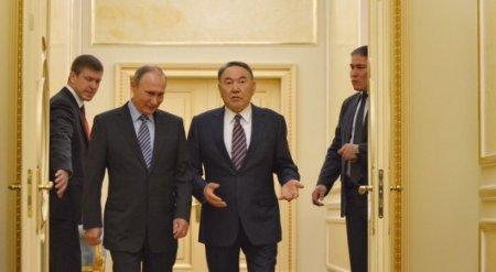 Назарбаев на встрече с россиянами вспомнил, как пытался сохранить рублевое пространство