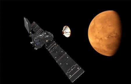 """Модуль """"Скиапарелли"""" спустился на Марс"""