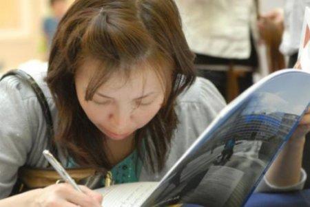 Троечники в колледжах Казахстана тоже начнут получать стипендию