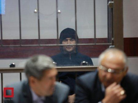 Руслана Кулекбаева вывели из зала суда