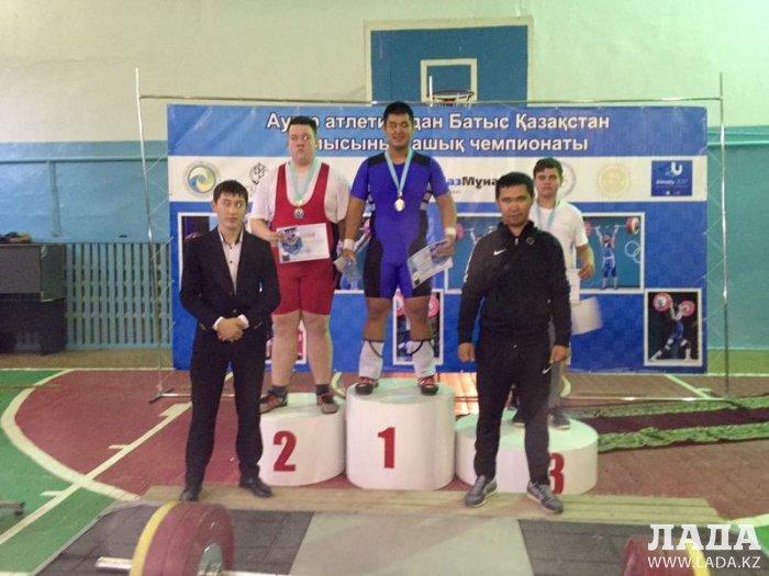 Мангистауские тяжелоатлеты привезли две золотые медали с открытого чемпионата Западно-Казахстанской области