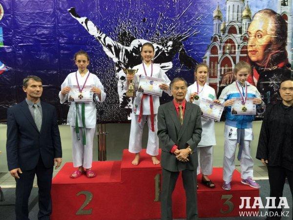 Четыре медали завоевали каратисты из Актау на открытом турнире «Кубок Кутузова» в Москве
