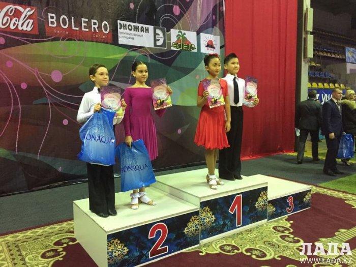 Юные танцоры из Актау стали победителями международного фестиваля бального танца в Караганде