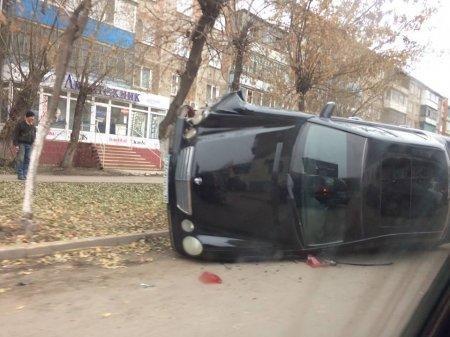 Видео с опрокидыванием автомобиля обсуждают в соцсетях Петропавловска