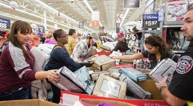 """""""Черная пятница"""" в США: Люди стали жертвами стрельбы у магазинов"""
