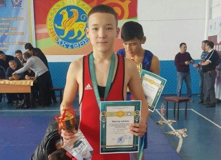 Борцы из Жанаозена стали бронзовыми призерами международного турнира в Шымкенте
