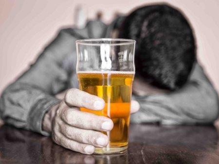 Хронический стресс делает из людей алкоголиков – ученые