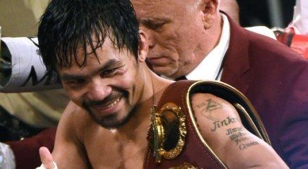 Мэнни Пакьяо победил Джесси Варгаса и завоевал титул чемпиона мира