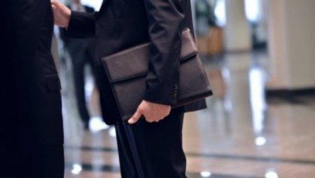 В Казахстане введут единую форму для госслужащих