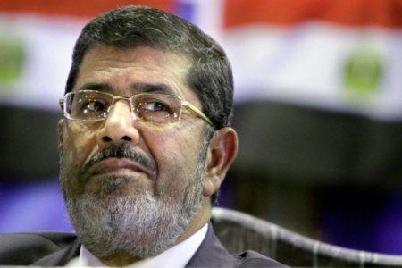 Мухаммеду Мурси отменили смертный приговор