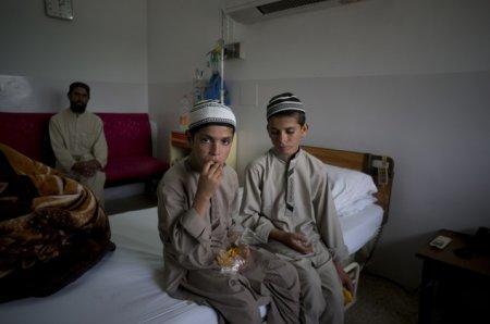 """Ученые бьются над загадкой """"солнечных братьев"""" из Пакистана"""