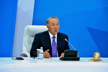 Назарбаев намерен менять чиновников, противостоящих реформам