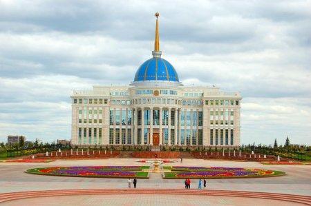 Депутаты не исключают проведения референдума по переименованию Астаны