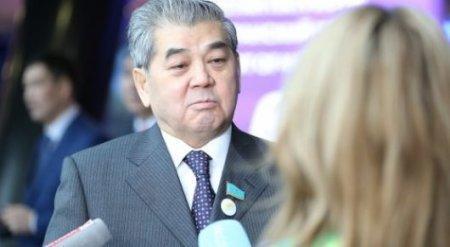 Предложивший переименовать Астану депутат ответил на критику в соцсетях