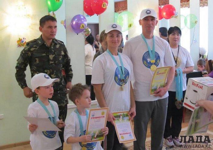 Семья Гиркиных из Актау победила в соревнованиях «Мама, папа, я – дружная семья»