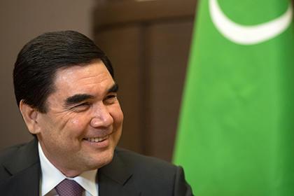 В школах Туркменистана обязали учиться по «Источнику мудрости» Бердымухамедова