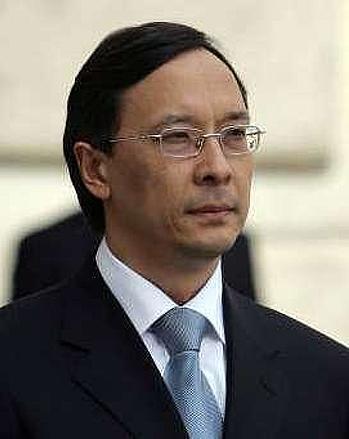 Идрисова сменили на посту министра иностранных дел