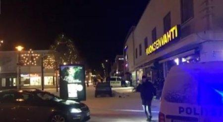 Мужчина расстрелял мэра города и журналисток около ресторана в Финляндии