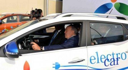 Я мечтаю, чтобы весь Казахстан ездил на электромобилях - Назарбаев