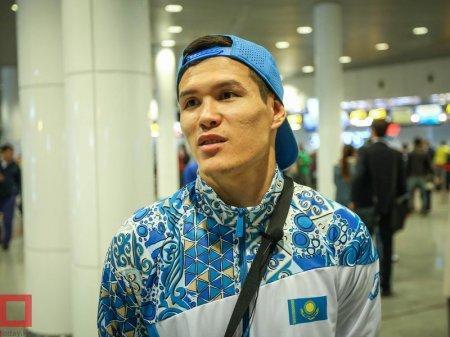 Елеусинов уступил узбекскому спортсмену звание лучшего боксера 2016 года