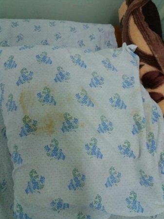 Жительница Актау жалуется на бытовые условия в детской инфекционной больнице