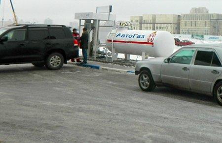 С нового года в Казахстане подорожает автогаз