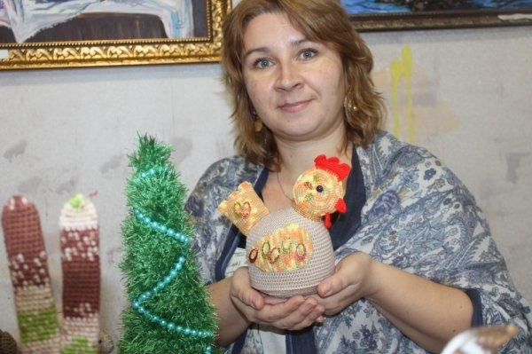 В Актау открылась выставка «Свидание под фонарем»
